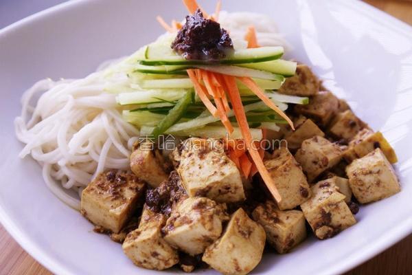 麻婆豆腐拌细面的做法