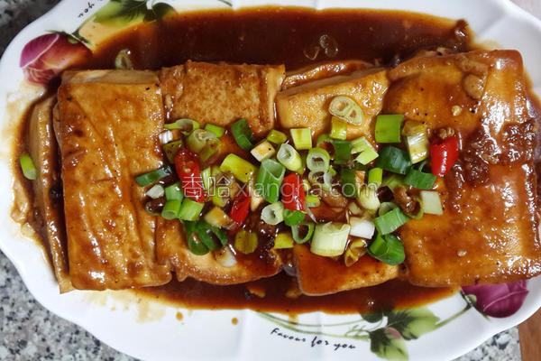 酱烧板豆腐的做法