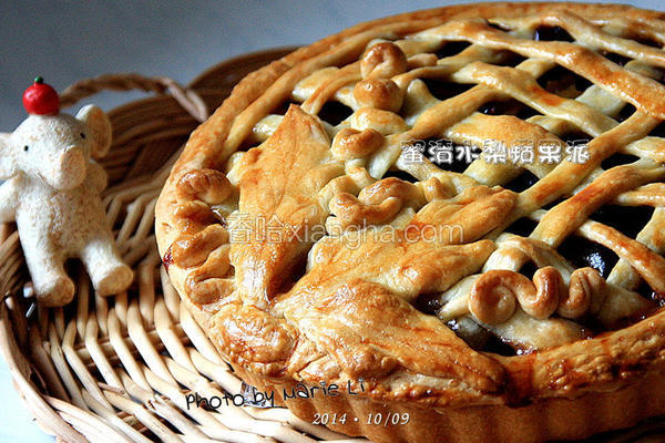 蜜渍水梨苹果派