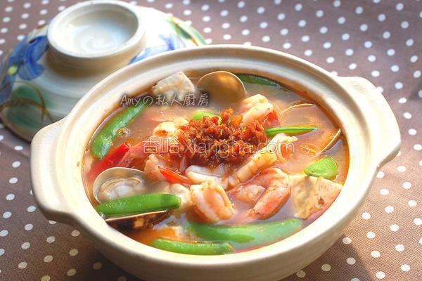 XO酱海鲜豆腐煲的做法
