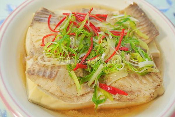 清蒸鱼片豆腐的做法