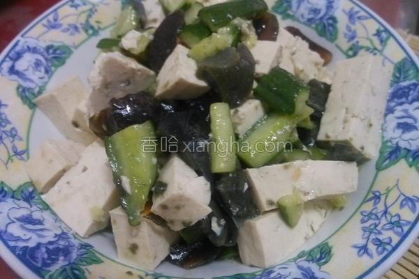 小黄瓜皮蛋豆腐的做法