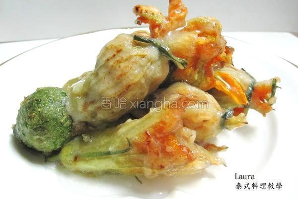 金瓜花炸肉末卷的做法