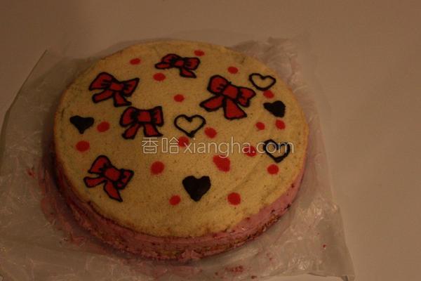草莓慕斯生日蛋糕的做法