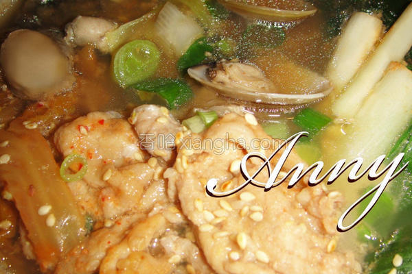 泡菜猪肉海味锅的做法