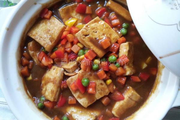 杂菜咖哩豆腐煲的做法