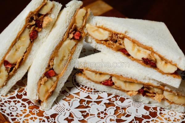 水果总汇三明治的做法