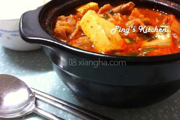 韩式猪肉泡菜辣汤的做法