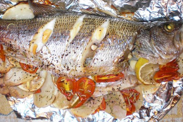 地中海烤鱼的做法