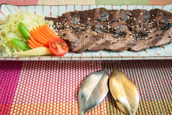 香煎黑鲔鱼的做法