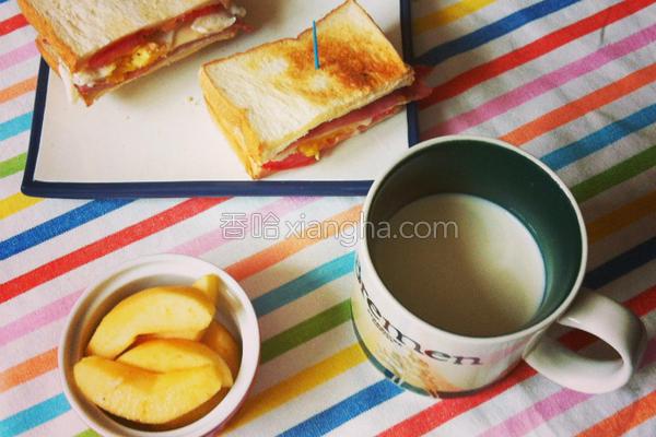 培根起司蛋三明治的做法