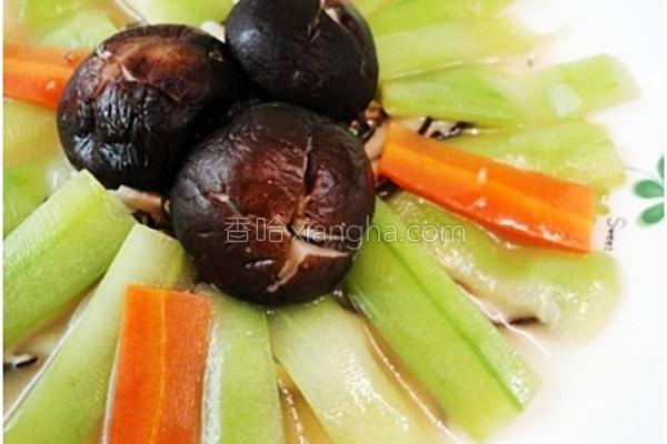 家常菜香菇焖丝瓜的做法