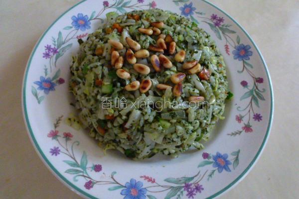 香椿松子炒饭的做法