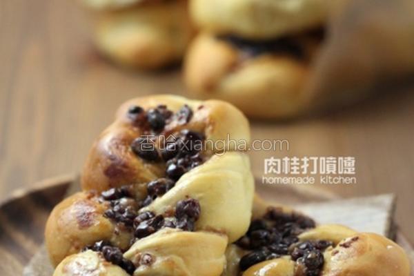 红豆炼乳布丁面包的做法