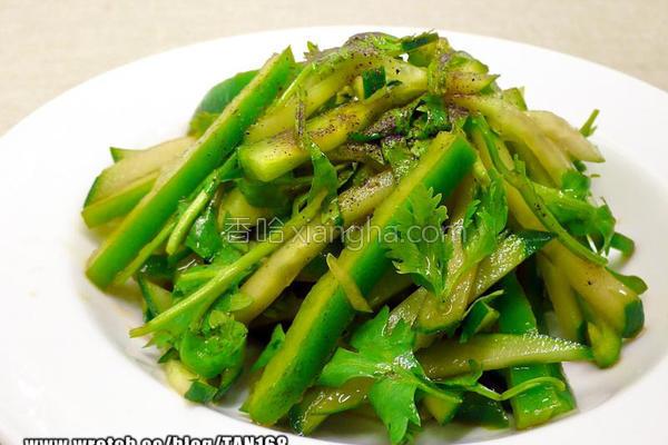 北京风绿沙拉的做法