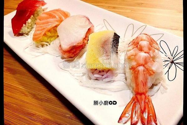 彩米握寿司的做法
