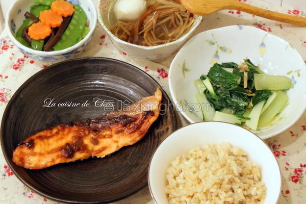 腐乳鲑鱼定食的做法