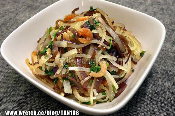 虾米萝卜炒木耳丝的做法