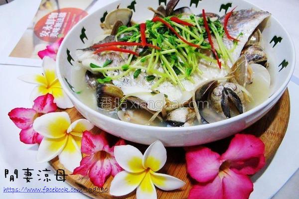 鲈鱼蒸豆腐的做法