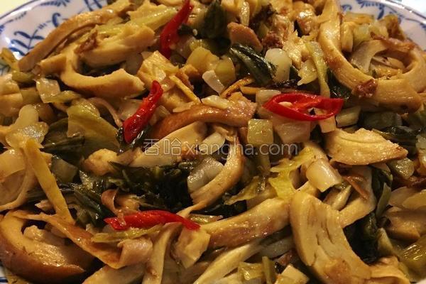 酸菜炒面肠的做法