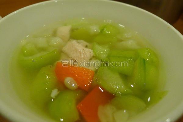 丝瓜鸡肉汤佐面线的做法