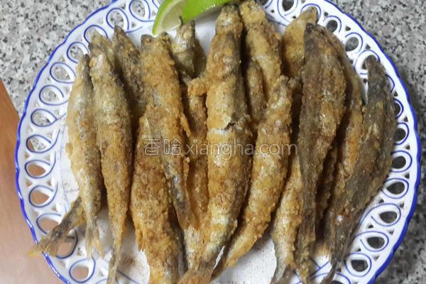 酥炸柳叶鱼的做法