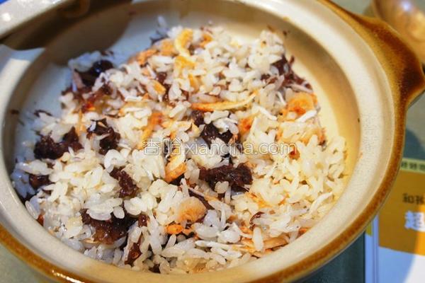 鹿尾菜樱花虾饭的做法