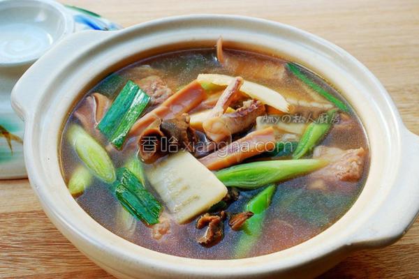 鱿鱼螺肉蒜汤的做法
