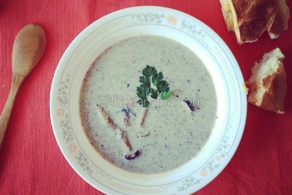 蕈菇浓汤的做法