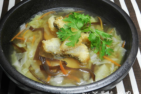 鹦哥鱼羹汤的做法