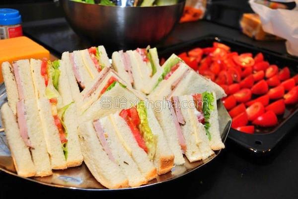 芝司乐特级三明治的做法