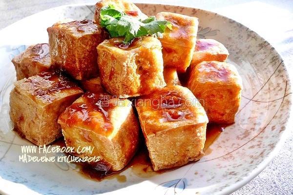梅汁香酥豆腐的做法