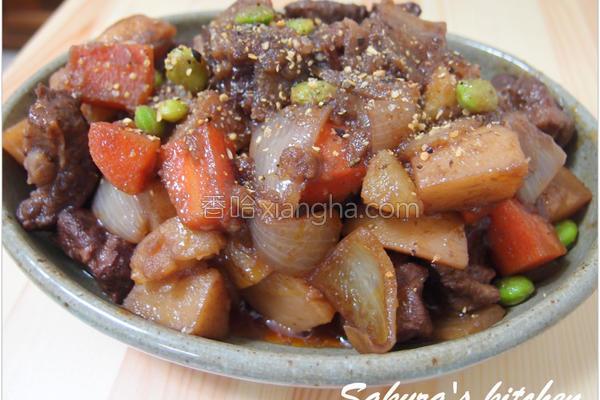 红酒姜汁炖牛肉的做法