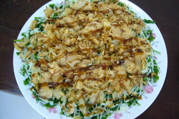 沙拉蕨菜菜的做法