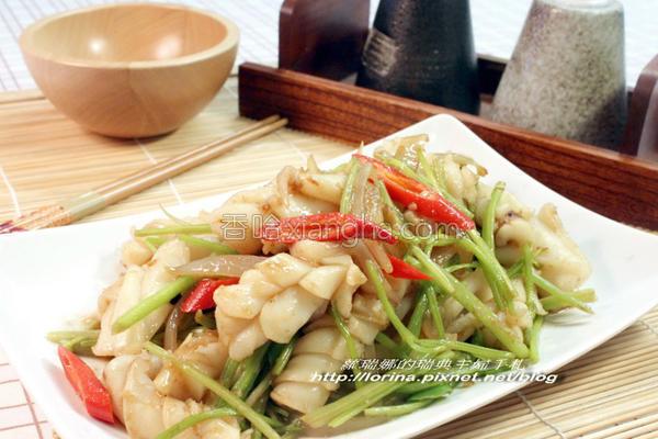 沙茶芹菜炒墨鱼的做法
