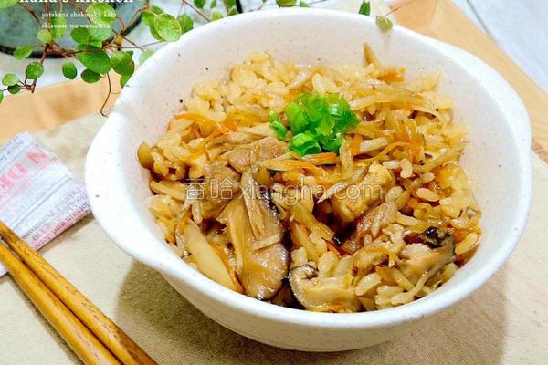 鸡肉牛蒡炊饭的做法