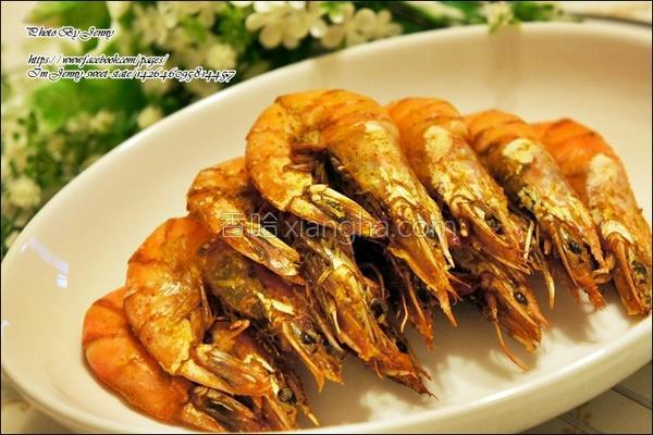 咖哩烤虾的做法