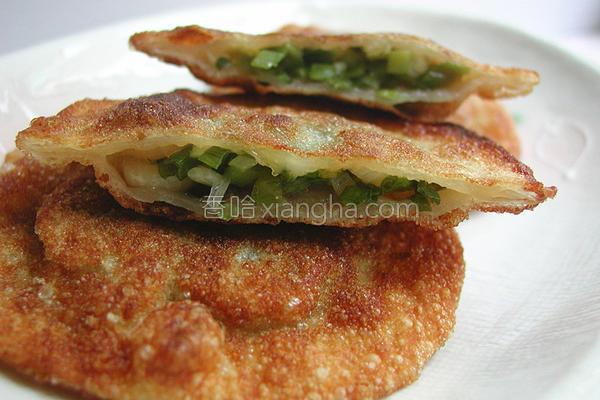 水饺皮变身葱油饼