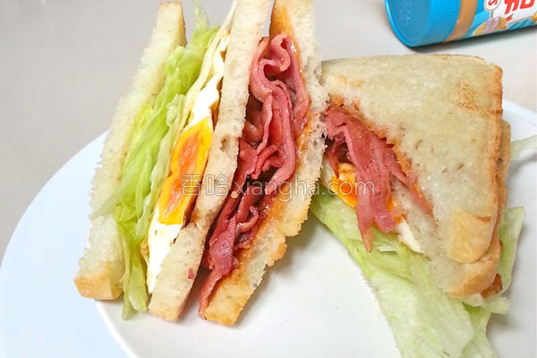 花生酱培根三明治的做法