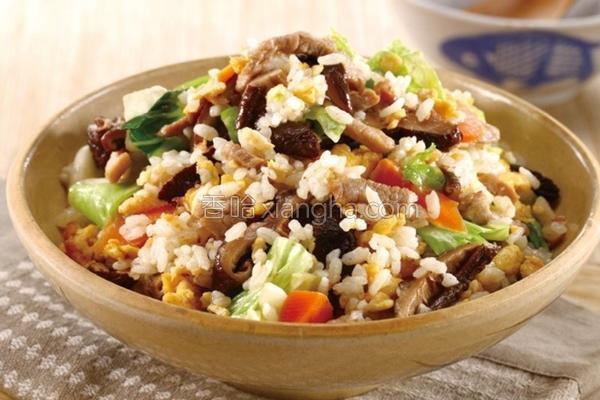 香冬菇鸡肉菜饭的做法