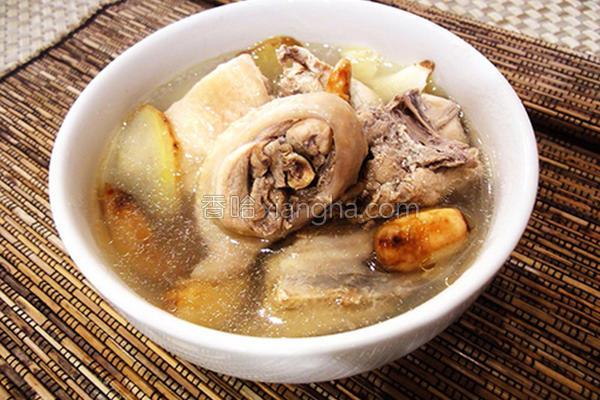 蒜头鸡汤的做法