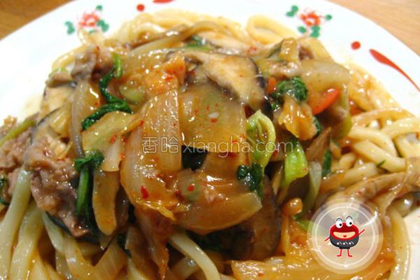 韩式泡菜炒乌龙面的做法