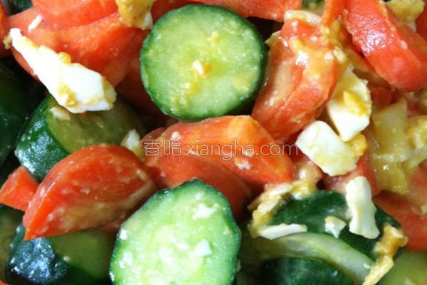 金沙萝卜小黄瓜的做法