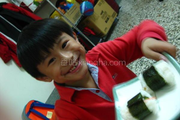 元本山海苔饭团的做法