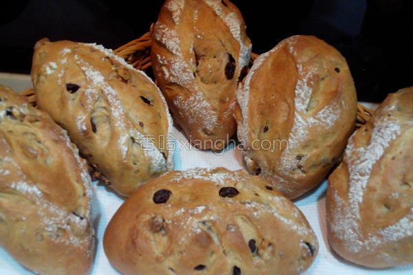 蔓越莓核桃面包的做法