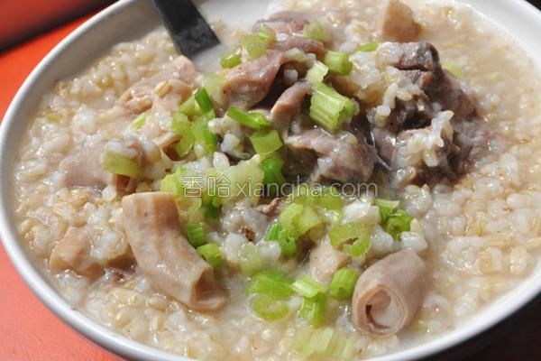 糙米猪肠排骨粥的做法