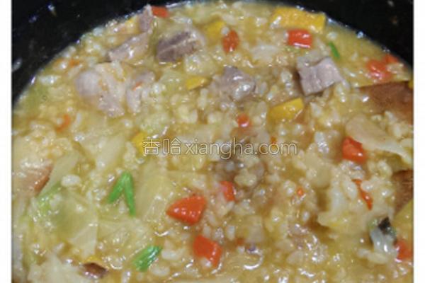 南瓜鸡肉糙米粥的做法