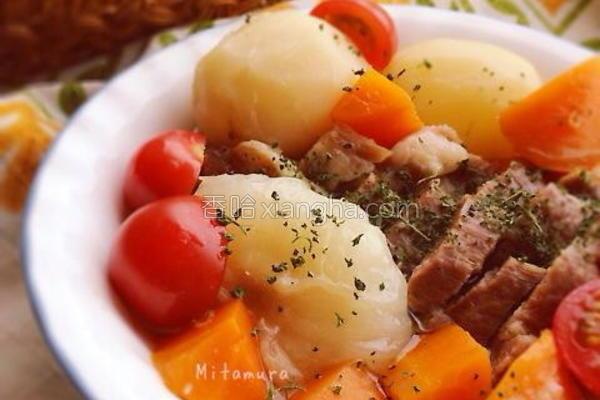 腌肉蔬菜炖汤的做法