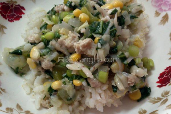 芋丝猪肉烩饭的做法
