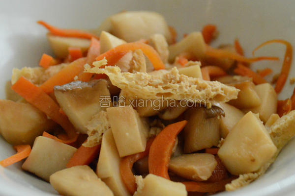 油豆腐炒杏鲍菇的做法